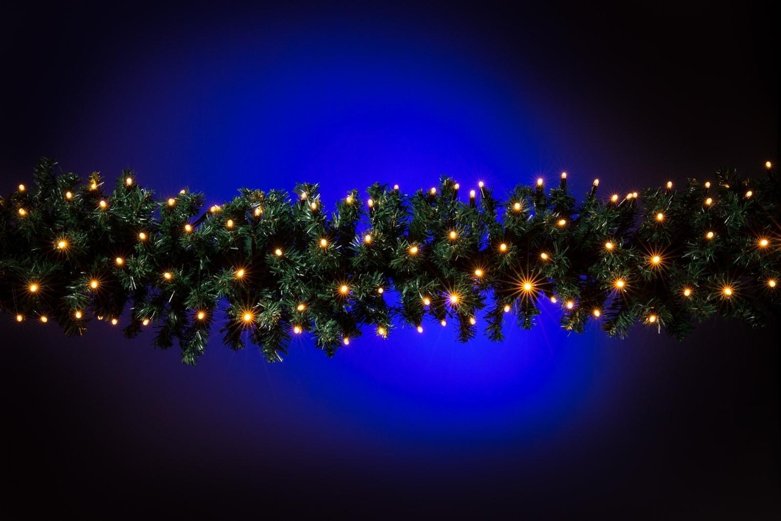 Guirlande met verlichting • 2 meter • Koppelbaar • 140 lampjes