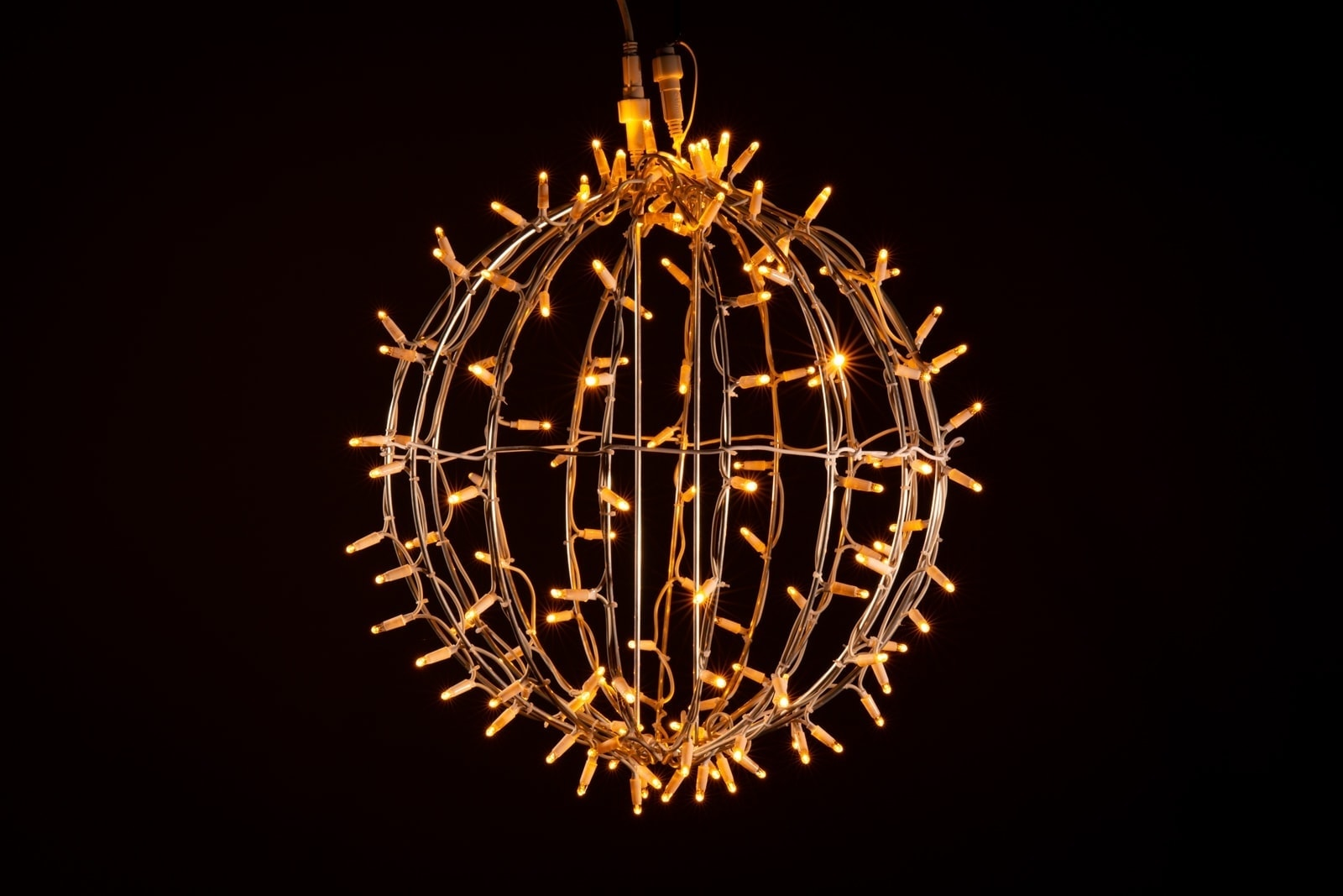 Kerstverlichting Bol Warm Wit O 50 Cm Koppelbaar 150 Lampjes