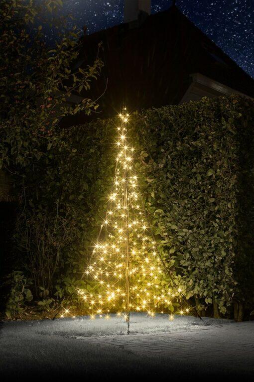 led kerstboom buiten