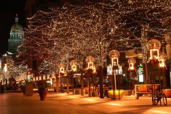 winkelstraat kerstverlichting